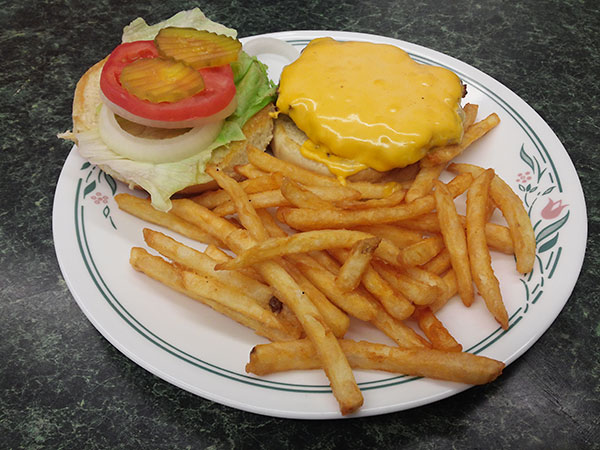 Penny's Cafe Cheeseburger